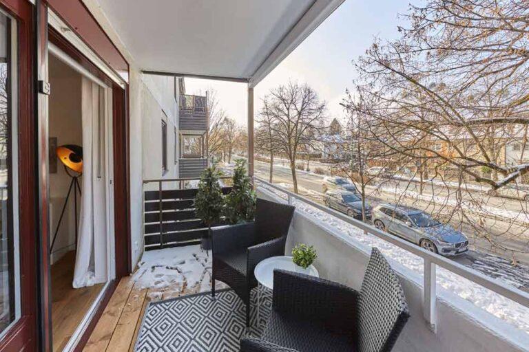 балкон_4-х_-комнатная_-квартира_-мюнхен_-оберзендлинг